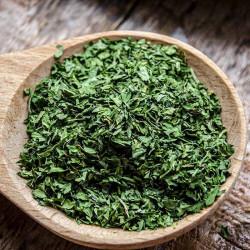Freeze-dried fresh parsley